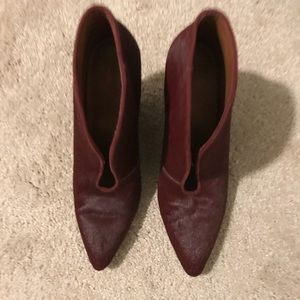 Nine West burgundy wedges